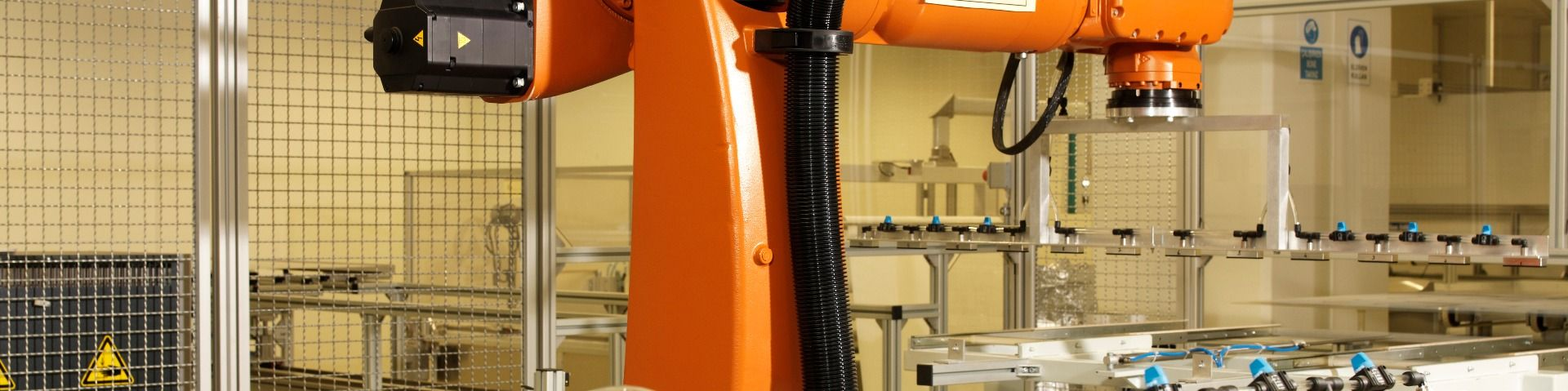 Conveyors and Robots to Link Machines
